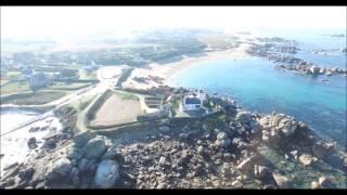 Phare de brignogan-plage en drone