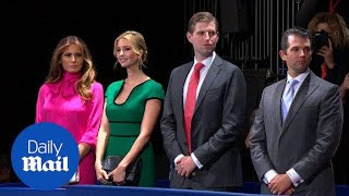 Melania and the Trump children arrive for second debate - Daily Mail