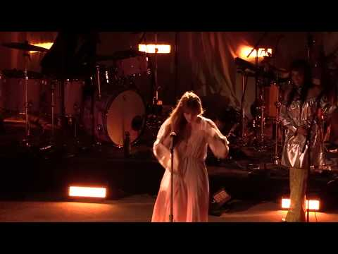 Mike Jones - Florence + The Machine Perform Their Game Of Thrones Song Live