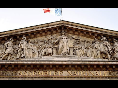 Macron wins parliamentary majority