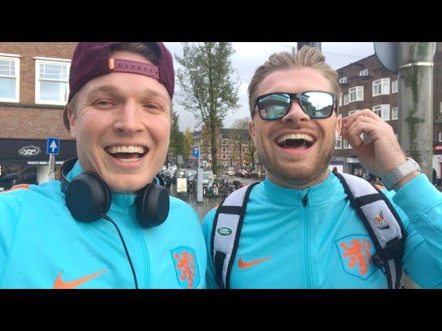 Gratis naar de spa verkleed als Nederlands elftal speler | Gierige Gasten