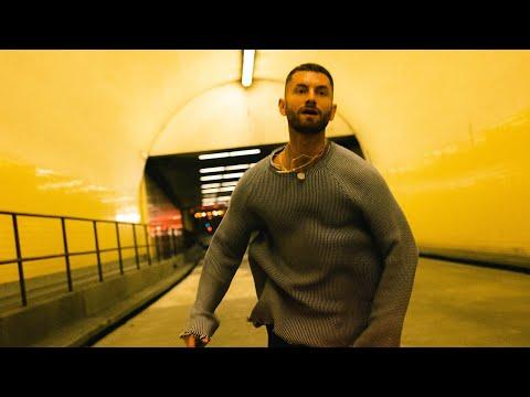 Смотреть клип Marc E. Bassy - Free Like Me