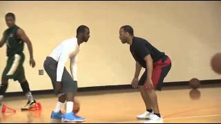 Chris Paul shows his signature step out move to college kids (Victor Oladipo,Trey burke included)
