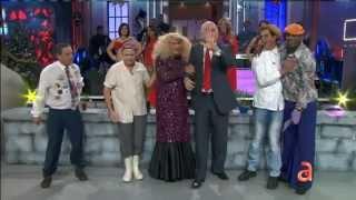 Video Xiomara la maquillista y el elenco de Sabadazo - América TeVé download MP3, 3GP, MP4, WEBM, AVI, FLV Januari 2018