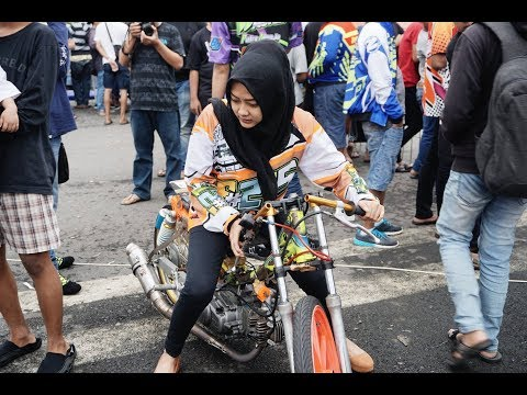 Joki Cewek Jilbab Rina May Drag Bike Kawahara IDC 2017 Andalan