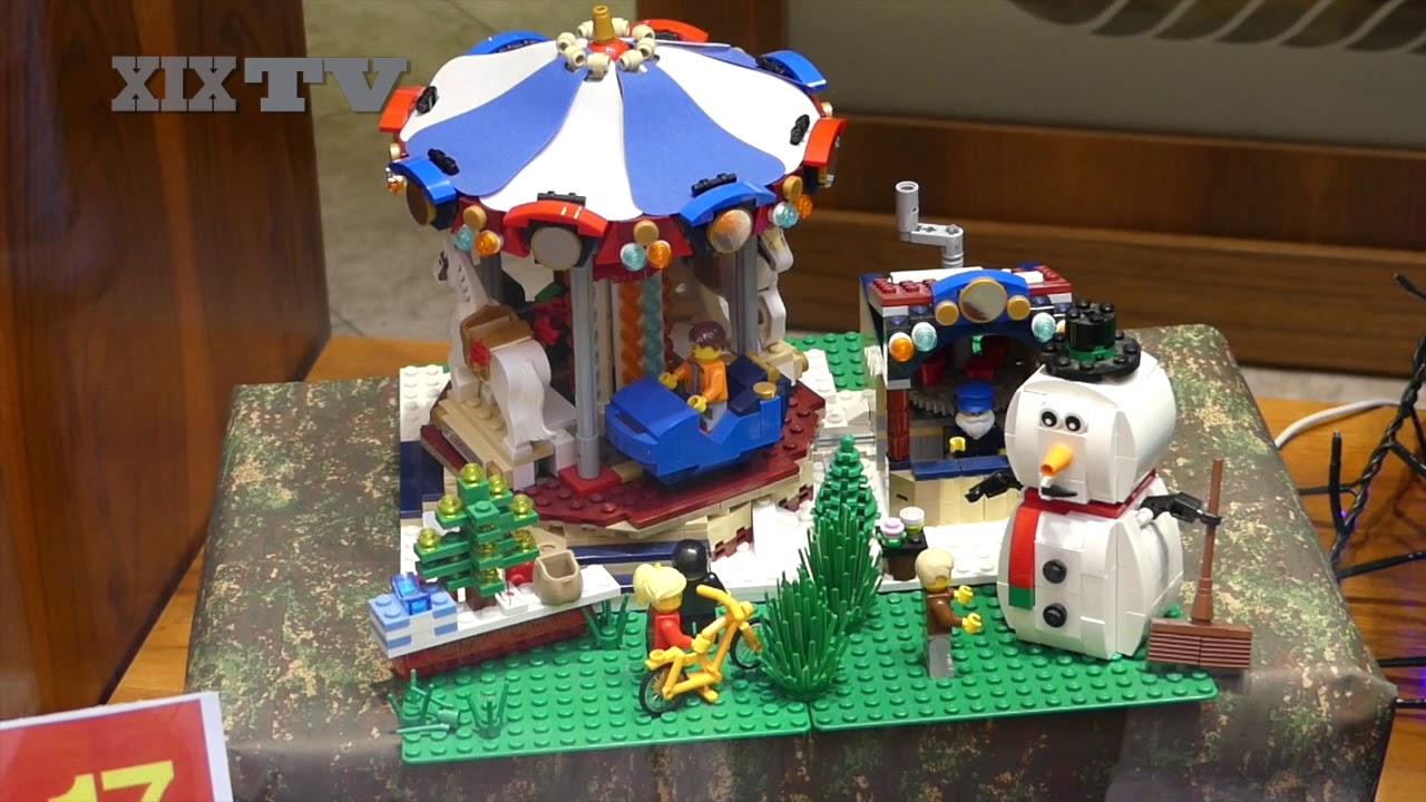 Presepe Lego in vetrina - YouTube