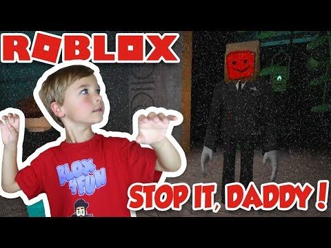 RUN FROM CREEPY SLENDER DAD!  STOP IT, SLENDER 2!  SURVIVE THE HORROR NIGHT in ROBLOX!