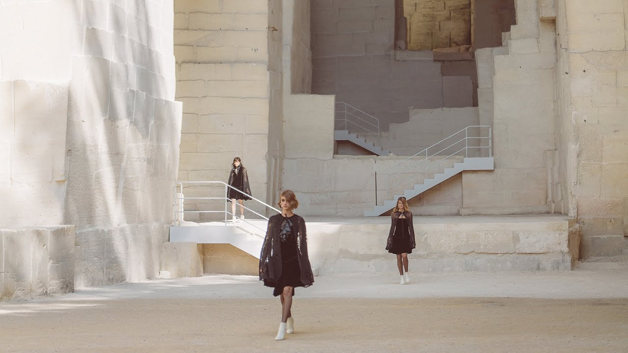 Cruise 2021/22 Show — CHANEL Shows