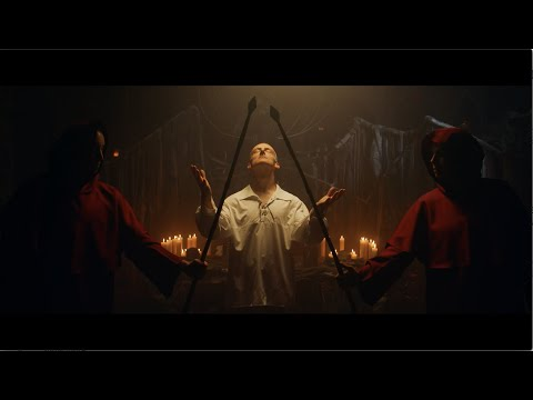 Trivium - In The Court Of The Dragon [OFFICIAL VIDEO]