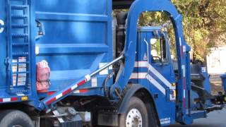 Garbage Truck in new technology thumbnail