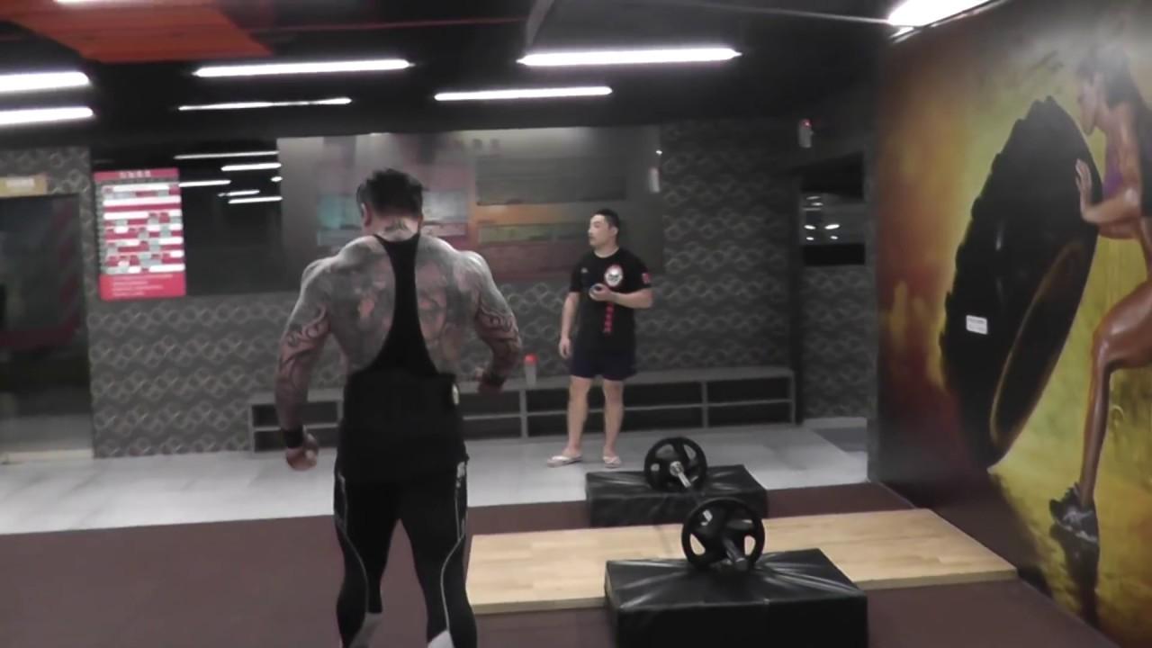 館長 tabata  成吉思汗健身俱樂部 進化綜合格鬥中心