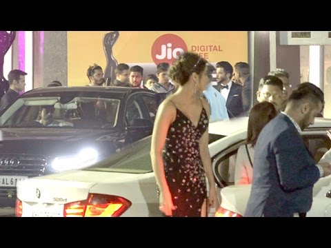 Bollywood Celebs Going For 62nd Filmfare Awards 2017 Red Carpet