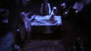 Франкенштейн освобожденный (1990) трейлер(Фильм полностью можно посмотреть: http://www.uzhasy-online.ru/load/uzhasy/1990/frankenshtejn_osvobozhdennyj/9-1-0-10 Описание: 2031 год, ..., 2012-02-13T10:30:13.000Z)