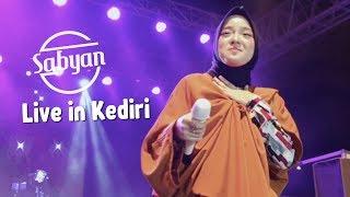 Gambar cover Allahumma Labbaik  - Sabyan Live Perform Kediri