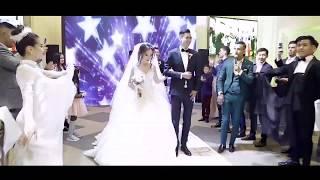Выход жениха и невесты в европейском стиле АСТАНА АЛТЫН ТОЙ
