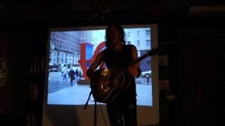 2. Alex Carlin с концертом в теплой компании Типографии(, 2014-04-22T14:37:38.000Z)