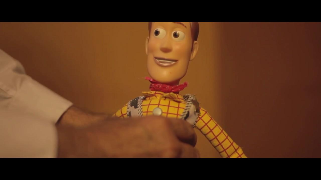 Download Toy Story 2 - The Cleaner/El restaurador de Woody