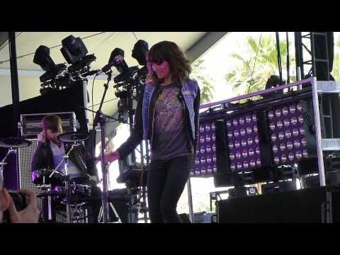 Dragonette - Hello LIVE HD (2012) Coachella Music Festival