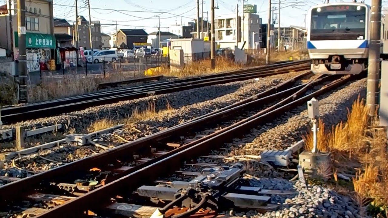 高速通過】常磐線の分岐器[Railroad switch at high speed] - YouTube
