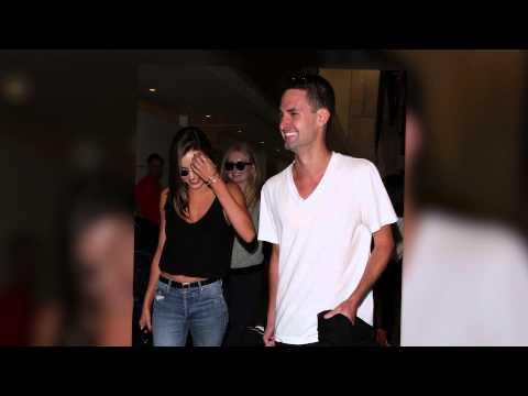 Miranda kerr and snapchat billionaire evan spiegel jet out for Spiegel tv news