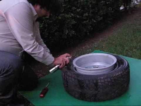 Monter un pneu sur une jante trop large youtube for Chambre a air tracteur tondeuse