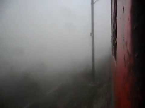 Zero Visibility:Poorva LHB Express With WDM-3A Somehow Drove in Dense Fog