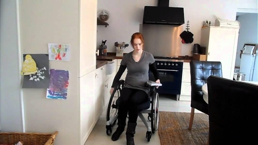 LeTriple Wheels trippel rolstoel  YouTube