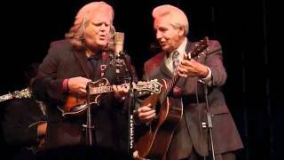 Watch Ricky Skaggs Its Mighty Dark To Travel video