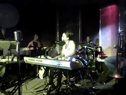 Phyllisia Ross with Eclipse - Been So Long (Anita Baker Cover)