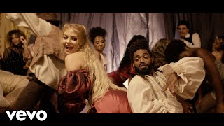 Смотреть клип Heavy Baile, Luísa Sonza - Cavalgada