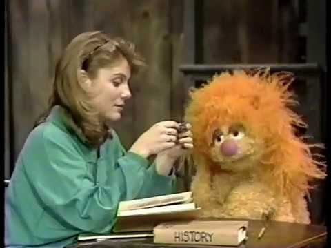 Classic Sesame Street - Ruby Asks for Gina's Help