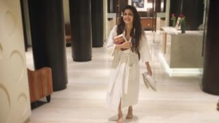 Kumkum Bhagya's Pragya AKA Sriti Jha Enjoys Her VACATION