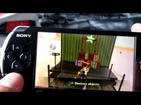 PSP Portable 3004 PIANO BLACK and gameplay Toy Storie 3 (first mission) HD