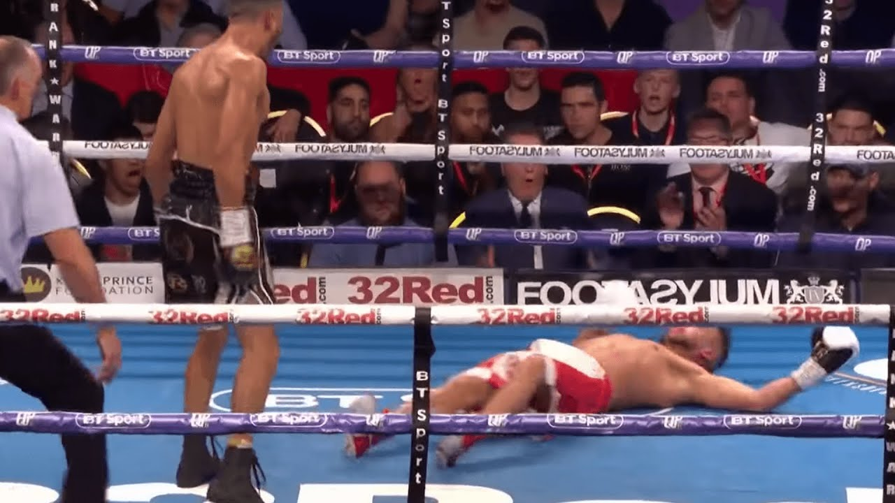 Crazy round! 😳 Fighter MOCKS Sam Maxwell but then gets KO'd in final 10  seconds
