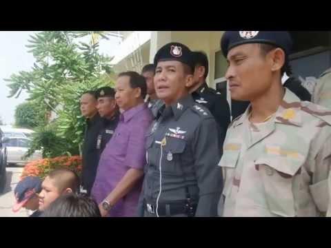 พร้อมพันธ์TV แถล่งข่าวจับยกแก้งลักจักรยานยนต์ที่นครพนม