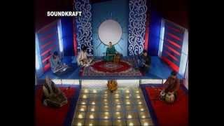 Shazia Bashir sings  traditional Kashmiri song