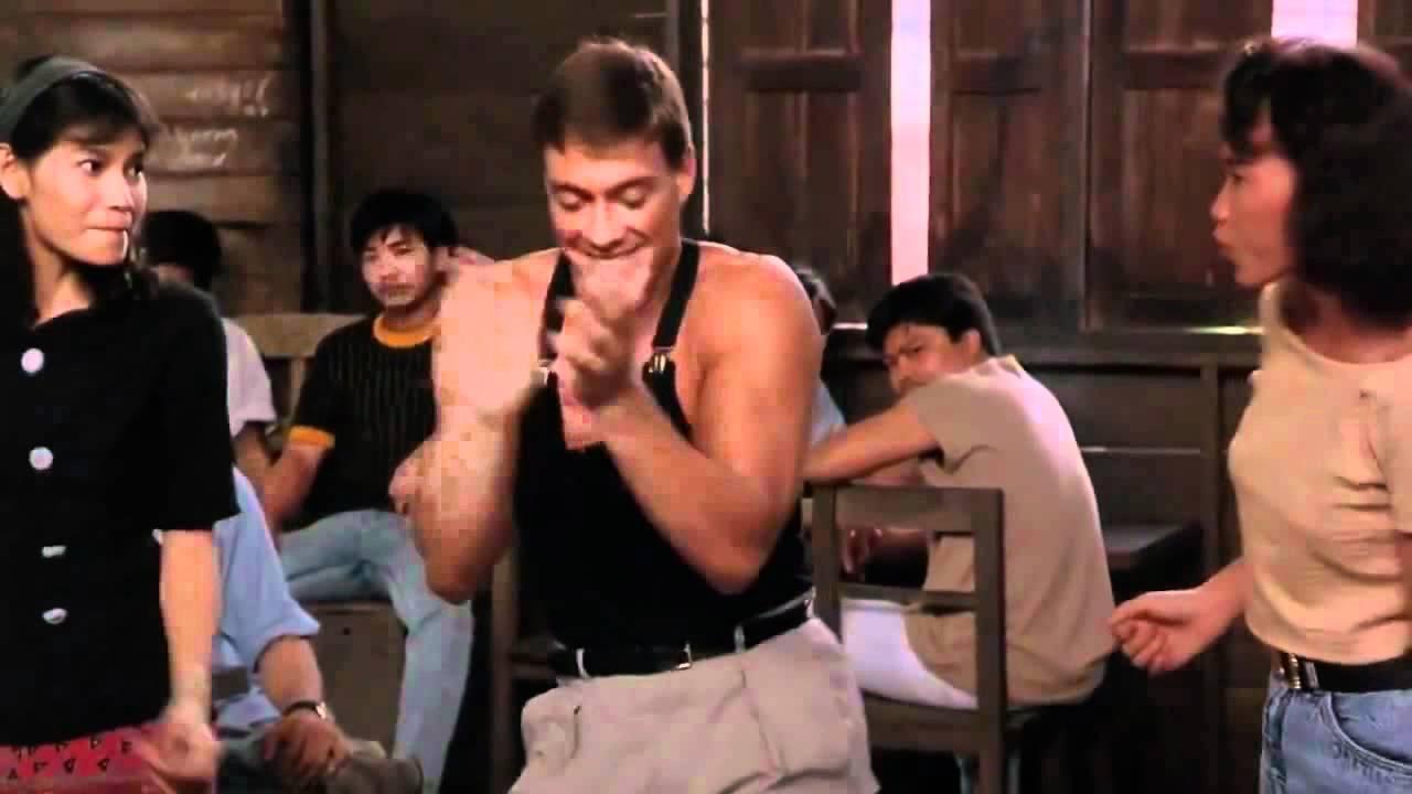 Van Damme bailando Una vaina loca - Fuego