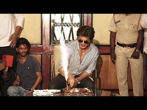 Shahrukh Khan's Birthday.Party 2017 Celebration INSIDE Mannat Full Video HD