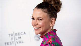 'Younger' Actress Sutton Foster Talks About Life in Quarantine