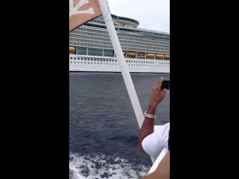 Cruise Mariner - tendering to grand cayman