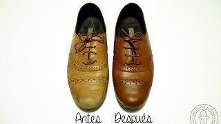Cómo teñir zapatos de cuero