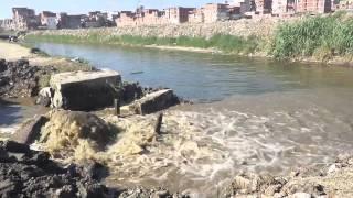 فيديو- انفجار ماسورة صرف بترعة المحمودية بالإسكندرية.. ورئيس شركة المياه ينفي