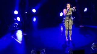 Download Amel Bent - Ma chance (Olympia) MP3 song and Music Video