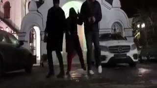 Собчак поразила всех танцем у православного храма