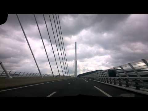 ミヨー橋 Viaduc de Millau