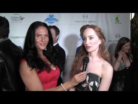 Traci Lynn Cowan with Lotte Verbeek at Dreambuilder's Event.
