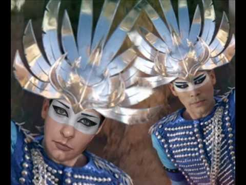 Empire of the sun without makeup