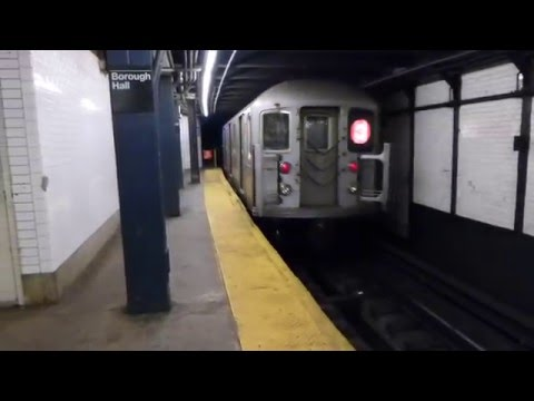 IRT Eastern Parkway Line: R62 3 Train at Borough Hall (96th St Bound-Weekend)