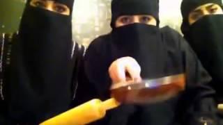 بنات سعوديات يهددن الاثيوبيات !