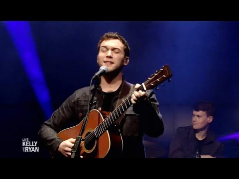 """Phillip Phillips Performs """"Dance With Me"""" (Kelly & Ryan)"""